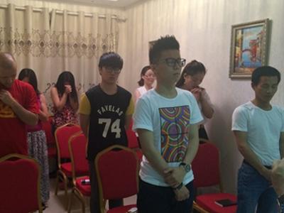 Chineses decidem por uma vida com Deus