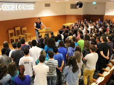 Mais de 2 mil jovens reunidos por uma nova vida