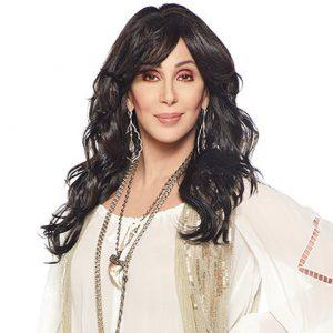 Cantora Cher admite que não consegue aceitar o envelhecimento