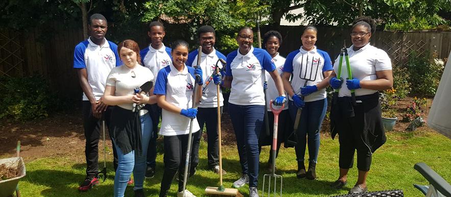 Leeds VYG helps clean up MHA communal gardens