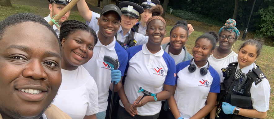 Peckham's VYG helps local Police Officers with weapons sweep